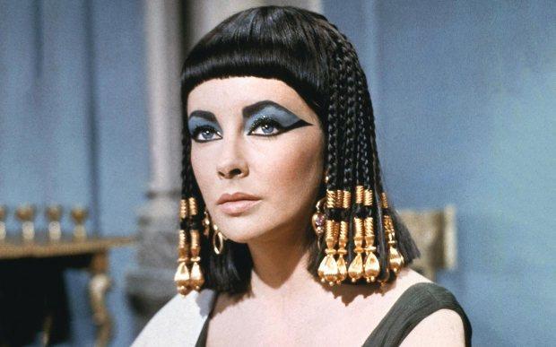 elizathe-taylor-cleopatra-ftr